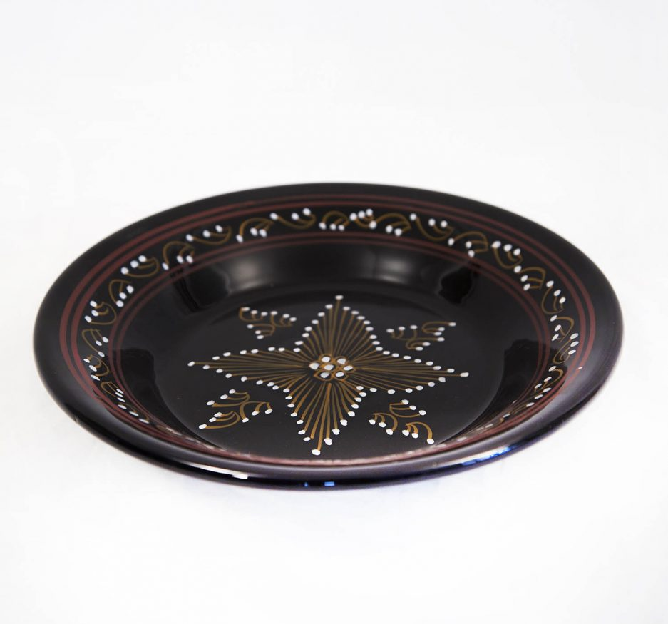 Medium round Plate : Black Painting-1919